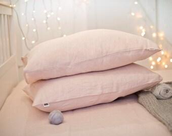 Linen pillow case. Pink. Softened linen bedding. Pale pink pillow case. Pre washed linen pillowcase. Bed linens. Standard size, Queen, King