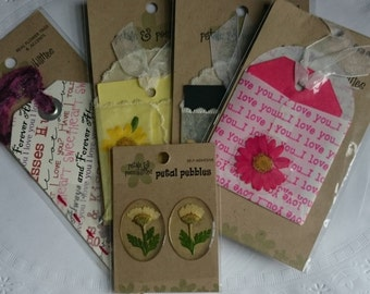 Mixed selection of pressed flower lace and vellum Tags