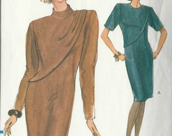Sewing Pattern Misses' Loose Fitting Slightly Tapered Dress Vogue 7883 Sizes 8 - 10 - 12