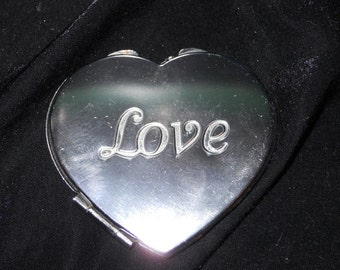 Vintage Heart-Shaped Compact Mirror Love