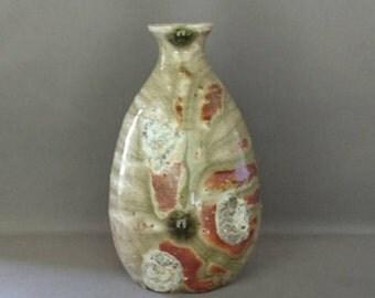 Gorgeous Tokuri (sake bottle) created in Japan