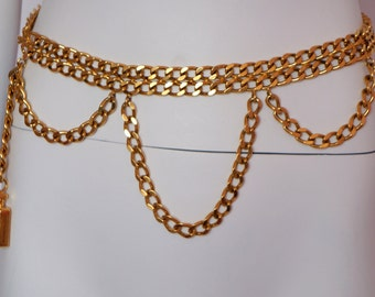 Chanel vintage chain belt Coco Chanel bottle flacon iconic runway chanel boutique signed Chanel