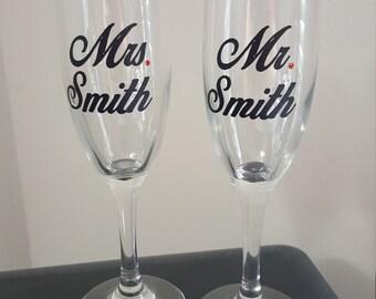 Mr.and Mrs. Champagne Flute Set, Wedding, Wedding Glasses, Mr. and Mrs., Champagne Glasses