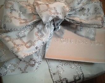 Gift Wrap Me!