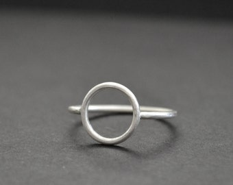 Circle Ring Sterling Silver 925 Matte Finish Pyramid Geometric