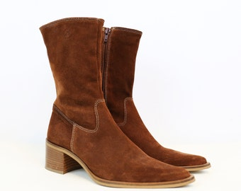 NEW YEAR SALE /// Vintage 90s Brown Suede High Ankle Boots size 5.5/6