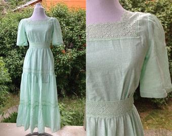 1970s Mint Green Handmade Gauze Lace Medieval Renaissance Princess Peasant Maxi Dress Size XS-S
