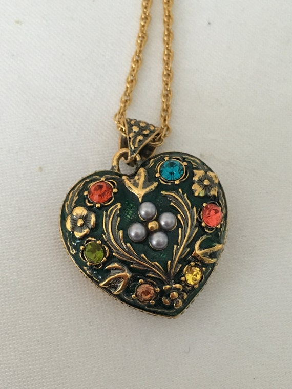 Floral heart pendant necklace joan rivers classics for Joan rivers jewelry necklaces