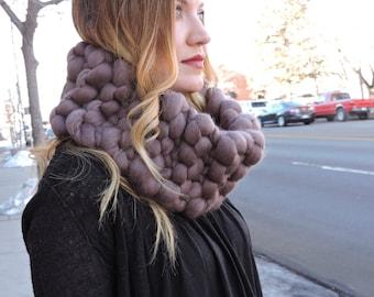 Merino Cowl - chunky knit scarf,knit cowl, merino wool scarf