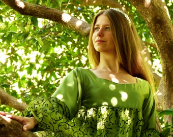 Green elvish dress - Green sleeves - Fantasy dress - Fairy dress