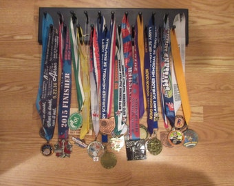 21 Peg Running Medal Holder Display Rack