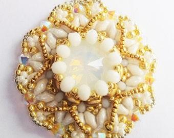Zabett Flower Pendant White Daffodil