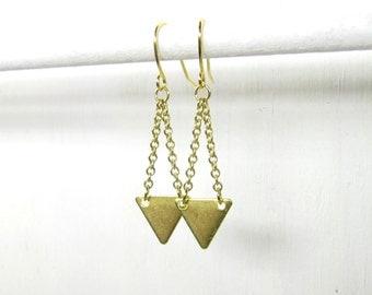 Gold colored triangle earrings, dangle earrings, drop earrings, geometric jewelry, boho jewelry, modern dainty delicate, handmade