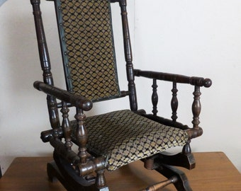 Victorian Child's rocker - Child's American rocking chair - Old child's rocking chair (stock#6254)