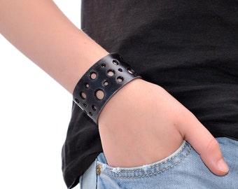 Wide Leather Bracelet / Leather Cuff Bracelet, Leather Wrap Bracelet / Mens Leather Bracelet, Leather Wrist Cuff, Leather Wristband