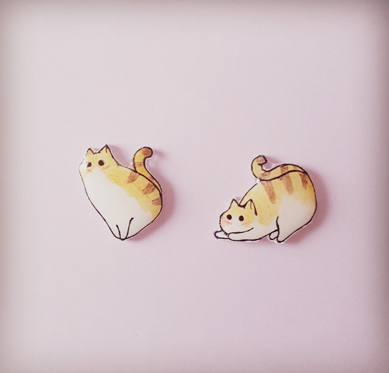 Cat earrings cat stud earrings cat by whateverlolawantsuk for Cat in the hat jewelry