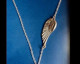 Silver and Black Charm Necklace with Side Leaf