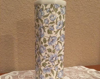 "Vintage Vase with Flowers 7-5/8"" Tall"