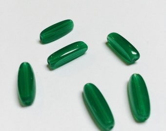 Vintage German Glass Beads in Emerald Green - 6 Pieces - #452