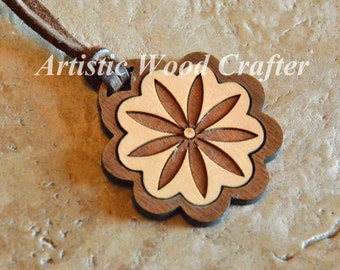 Wooden Flower Necklace (Birch/Walnut)
