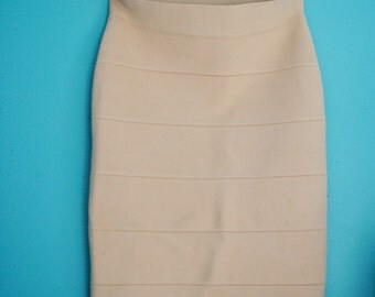 faded pink pencil skirt.  size: 2
