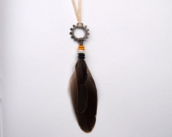 3-Feather Sprocket Necklace