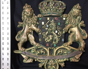 "A ""lions rampant"" Herladric Coat of Arms"