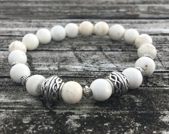 8mm White Howlite Beaded Stretch Bracelet With Silver Accents