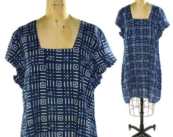 70s Indigo Batik Dress / Vintage 1970s Lightweight Cotton Tunic Top / Handmade Ethnic Tribal Traditional African Folk Boho Tie Dye Caftan