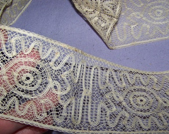 Antique Paris Tag  Ecru Edwardian 1920s Millinery  Lace Trim Passementerie  Boudoir Flapper