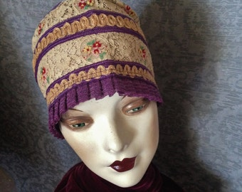 Exceptional 1920s 20s Gatsby Flapper Cloche, Skullcap, Bucket Hat - Mint Condition, PURPLE, Horsehair, Floral Lace