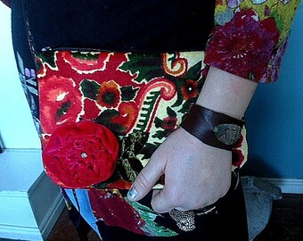 Floral velvet clutch with applique red flower