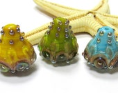 SMAUGGS handmade lampwork beads 3pcs. (20mm x 18mm), glass, colorful, silvered dots, hole 1,5mm