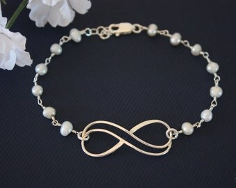 Sterling Silver Infinity Bracelet Pearl , Jewelry, Sterling Silver, Mother Bracelet, Grandma, Infinite Friendship