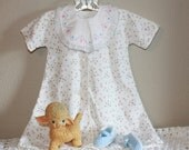 Vintage Baby GIRL Clothes~Sleep Gown~Bib~Booties~Newborn_Photo Prop_Reborn Doll_0-3 mo.