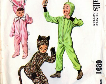 1960s McCalls 6991 Vintage Sewing Pattern Child's Costumes Cat, Bunny, Space Size 6