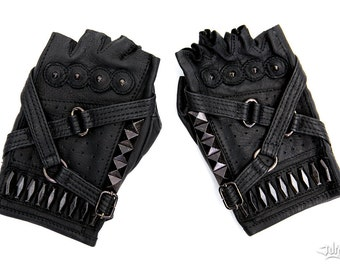 Fury Road Fingerless Leather Riding Gloves - Mad Max