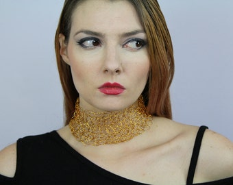 Gold Choker Necklace of Crochet Wire