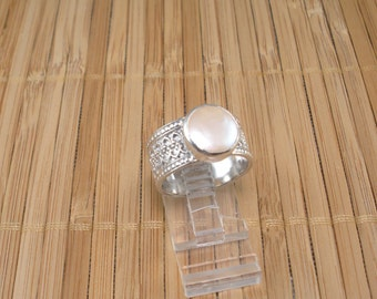White Pearl Silver Ring Lacy Silver Ring with Big White Pearl Silver Ring Size 7 3/4 ring Sterling Silver Pearl Ring Artisan Wide Band Ring