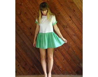 White and Green Gingham Mini Dress - Vtg 90s - MEDIUM Petite