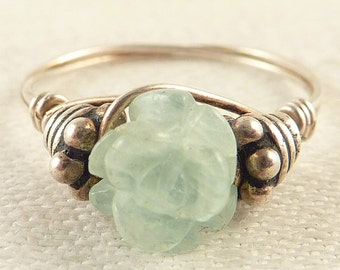 Size 6.5 Vintage Carved Jade Flower Ring with Sterling Wire Band