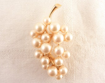 Vintage Faux Pearl Grape Bunch Signed Majorica Gold Tone Brooch