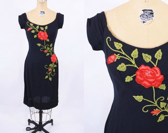 1950s dress vintage 50s black fitted red rose embroidered dress S