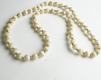 Long Beaded Cream and Gold Vintage Necklace