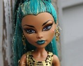"""Gold Colored Skeleton Key Gothic Fashion Doll Earrings Doll Jewelry  Petite Slimline 16"""" 1/6th Scale"""
