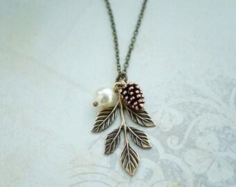 Pinecone Pearl Oak Leaf Necklace. Pearl Rustic Nature Jewelry. Bridesmaids Gifts. Leaf Pinecone Oak Leaf Necklace, Bridal Woodland Oak