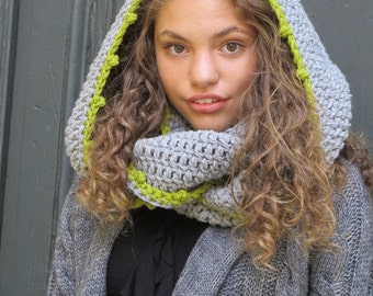 Hooded Scarf/ Light Gray Lime scarf/ Rounded Crochet Hoody Scarf/ Pom Pom winter scarf/ Infinity scarf, Chunky scarf, Winter scarf handmade