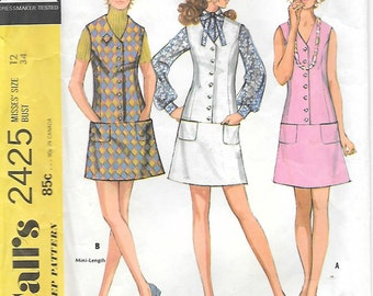 McCalls 2425 1970s Mod Sleeveless Dress and Jumper Vintage Sewing Pattern Size 12 Bust 34