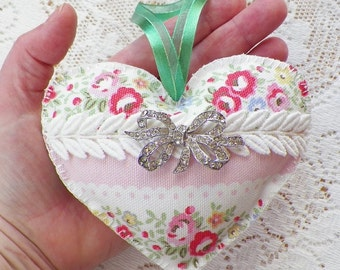 Shabby Handmade / Hand Sewn Romantic Red, Pink Roses Heart Ornament Embellished Lace / Vintage Rhinestone Brooch, Home Decor, Cath Kidston