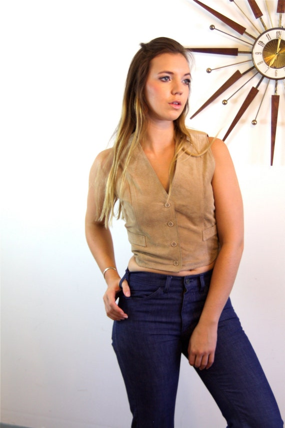 Vintage 70s Tan Suede Vest SEARS Ladies Cut Sueded Pigskin Cropped Short Button Down 1970s Women's Hippie Nude Light Brown Leather Disco Top